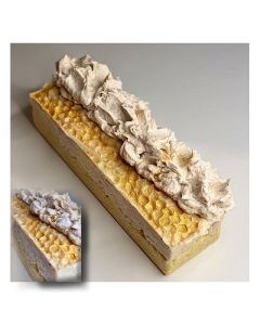 Vanilla soap on Fresh Farmers goat milk With oatmeal, almonds and citrus 100 +/- 10 gr