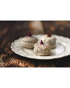 Rose & Rice Macaron for up to 3 bath times| Milky bath 28%fat| self emulsifier| Shea Butter +Pure Almond oil delight