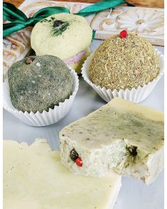 Be GREEN, Spices and Herbs all in to the Natural bathing Products 2x Face Scrub, 2x Soap Bars, 1x Bath Macaron, GO GREEN GIFT BOX